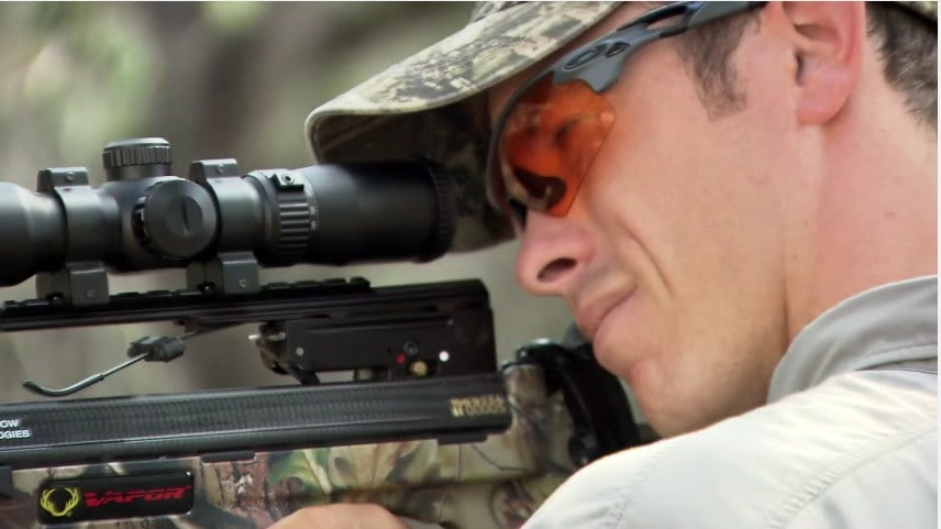 Today's 13 Best Crossbow Scope Reviews - Binoculars Guru